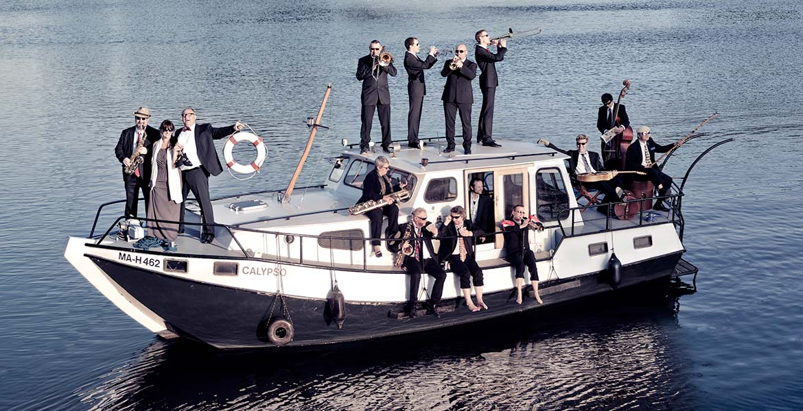 cool cats orchestra on a slow boat
